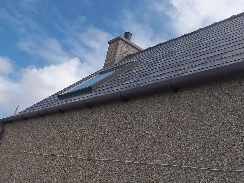 Slate Versus Tile Which Is Best Roofers In Sheffield